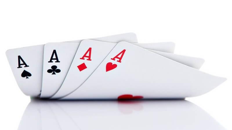 Wissenswertes zu den Pokerkarten und Spielregeln