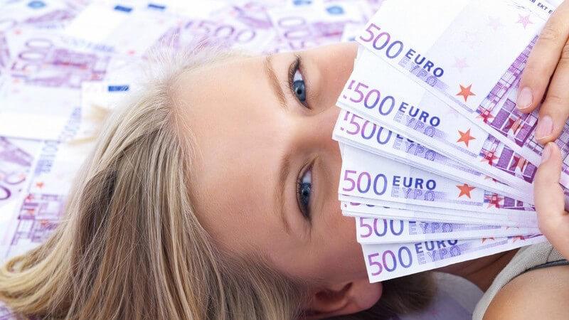 Lotterie, Call-in-Gewinnspiel, Tombola - Die Auswahl an Gewinnspielen ist groß; wir geben einen Überblick und informieren über Merkmale und Wirkung