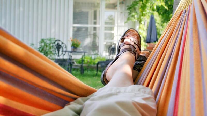 Vom Geräteschuppen bis zum Luxusgartenhaus -  Wer sich ein Gartenhaus zulegen möchte, hat zahlreiche Möglichkeiten - dies gilt auch für die Nutzung