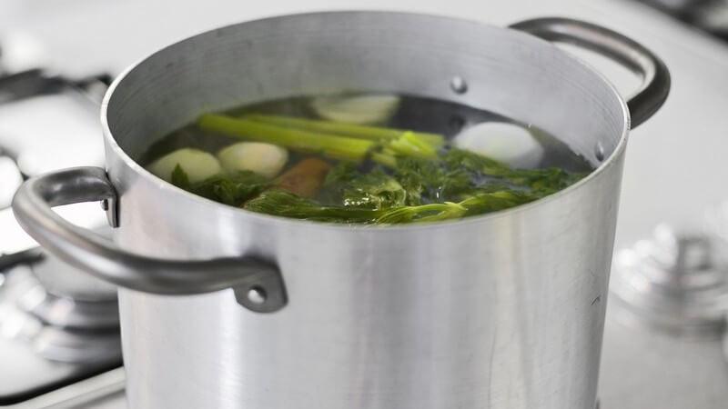 Sogar ein Saft lässt sich aus diesem gesunden Gemüse pressen