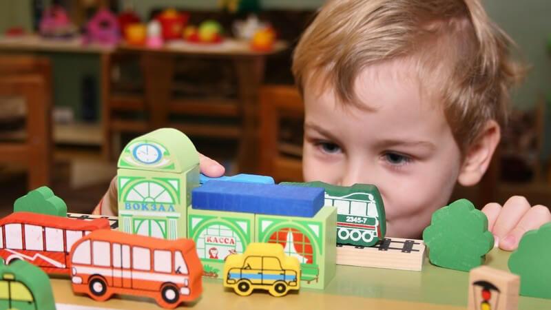 Über die Entwicklung des Sozialverhaltens und Möglichkeiten, Kinder in ihrem sozialen Verhalten zu stärken - der Lernprozess ist sehr langwierig