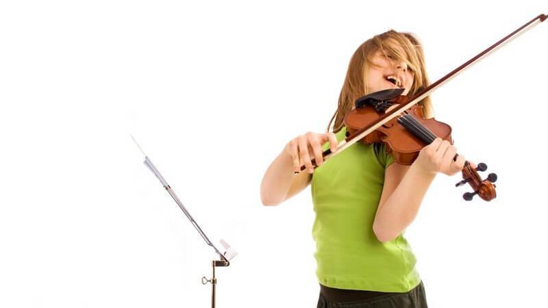Wer ein Musikinstrument spielt, muss auch mal zuhause üben - nicht selten kommt es deswegen zu Nachbarschaftsstreits; was gilt es, zu beachten?