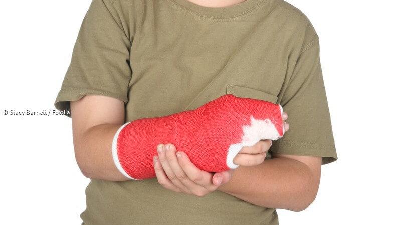 Arm gebrochen gips wie lange