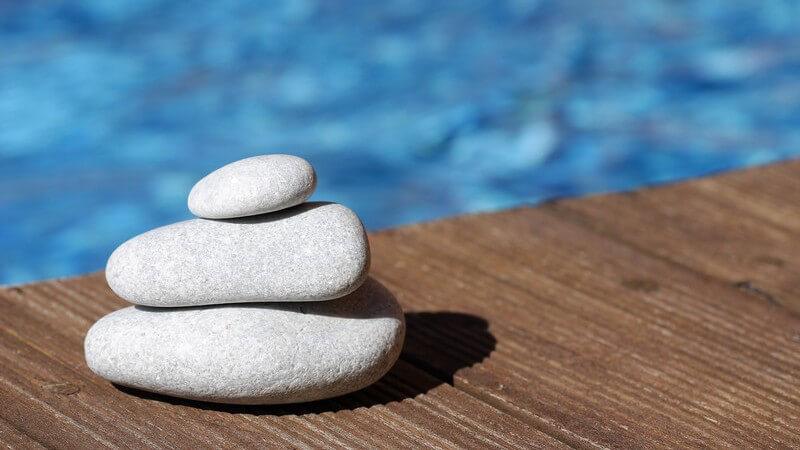 Mit welchen Methoden Wellnesstrainer Menschen helfen können Stress abzubauen und zu entspannen