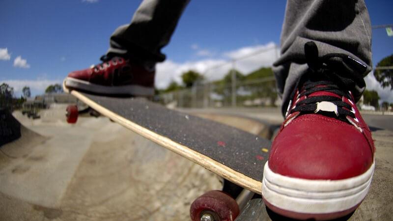 Verschiedene Skateboard-Arten - Unterschiede in Form und Material
