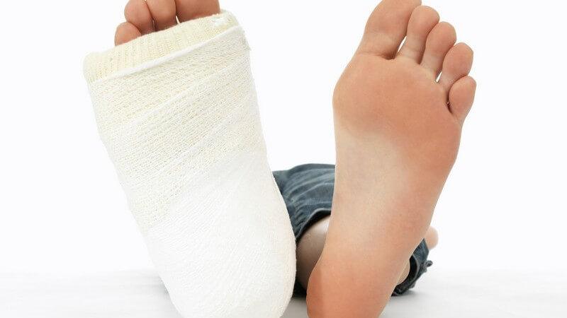 Die Entstehung eines Beinbruchs und wie man ihn erkennen und behandeln kann