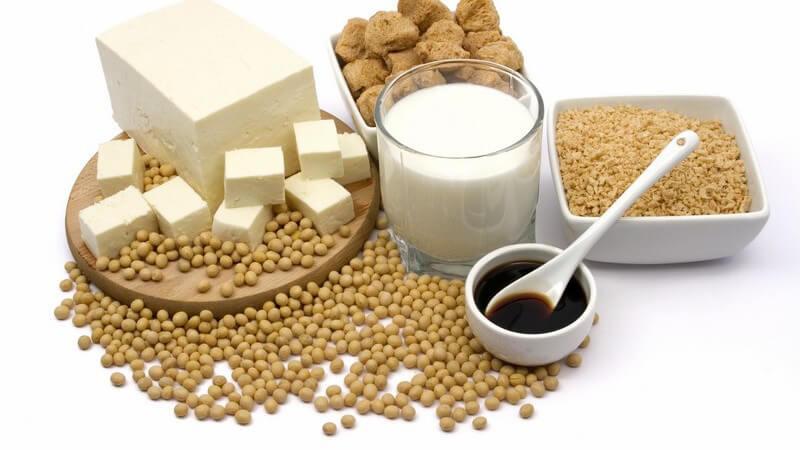 Quark, Soja, Weizen und Kartoffeln zählen zu den natürlichen Glutaminlieferanten - eine Überdosierung durch Glutaminpräparate führt zu unerwünschten Nebenwirkungen