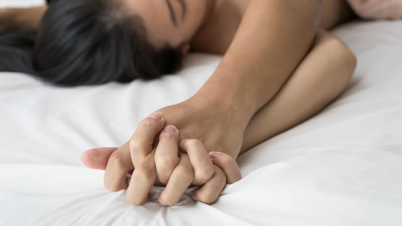 Symptome, Ursachen und mögliche Behandlungsmethoden bei Schmerzen beim Sex