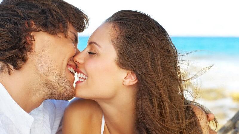 Warum Küssen so magisch und gesund ist - Positive und negative Auswirkungen des Küssens auf den Körper