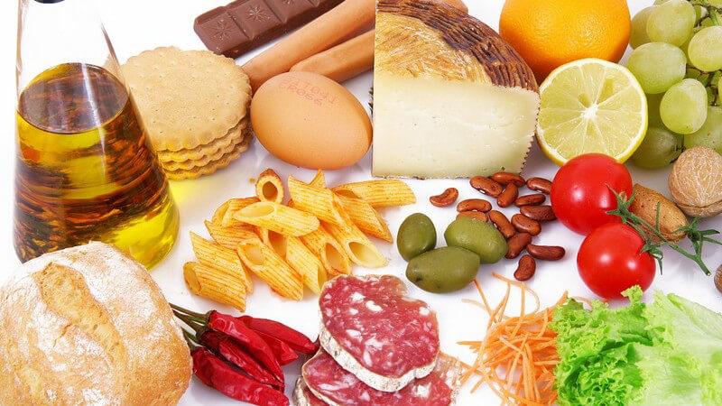 Kleiner Überblick über sehr gesunde und eher ungesunde Lebensmittel - Gibt es negative Kalorien mit positiver Wirkung?