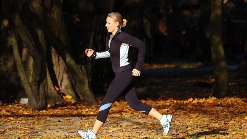 Tipps und Unterschiede beim Kauf von Jogginghosen für den Außen- und Innensport