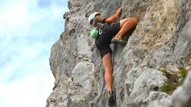 Anforderungen an Schuhe in verschiedenen Bereichen des Klettersports