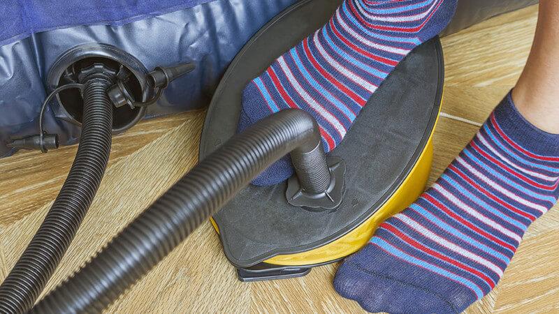 Der Einsatz verschiedener Luftpumpen - Fahrradreifen, Luftmatratzen, Bälle und Co