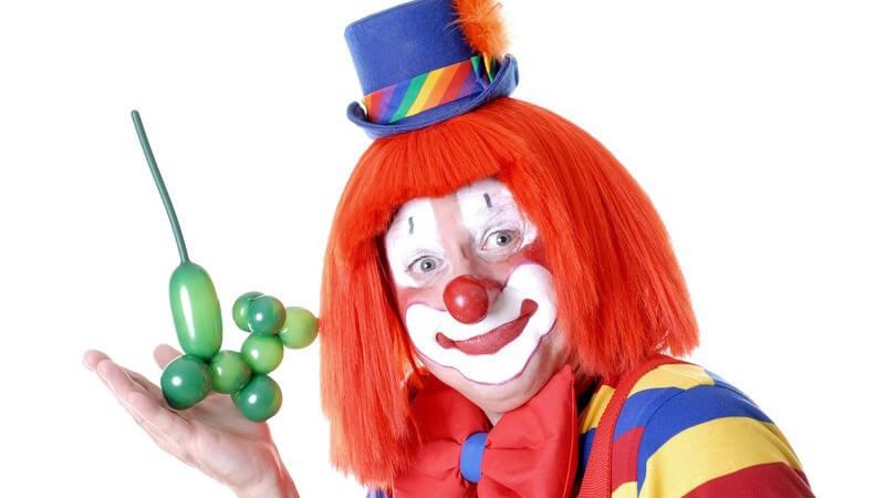 Die Zauberkunst erfreut sich sowohl bei Kindern als auch bei Erwachsenen großer Beliebtheit - schon lange faszinieren Zauberer die Menschheit mit ihren Tricks