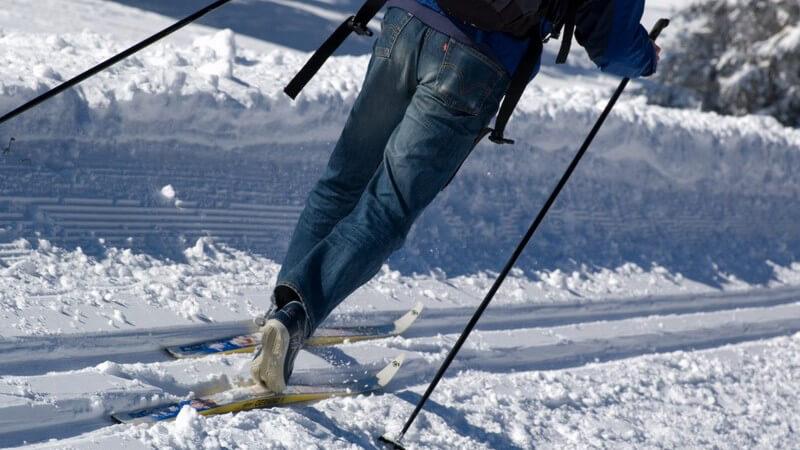 Skilanglauf, Skaten und Biken in einem: Skiken