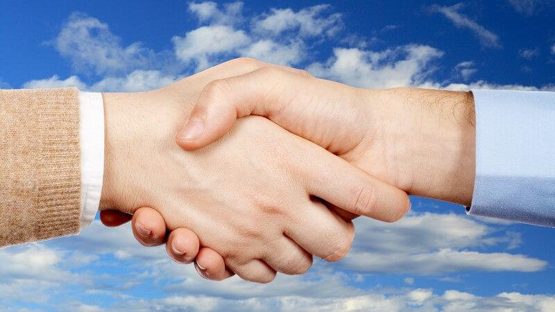 Die richtigen Kontakte sind im Beruf oftmals das A und O, um weiter zu kommen - zunächst einmal gilt es jedoch, diese kennen zu lernen