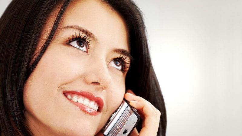In vielen Fällen erfolgen Kundengespräche über das Telefon - hier gilt es, kompetent und freundlich aufzutreten, ebenso auf dem Anrufbeantworter