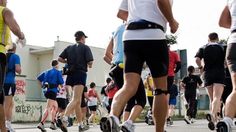 Kohlenhydrate und Eiweiße sind sehr wichtig, aber laut einer Studie scheinen auch Fette eine besondere Wirkung in der Ernährung bei Läufern zu haben