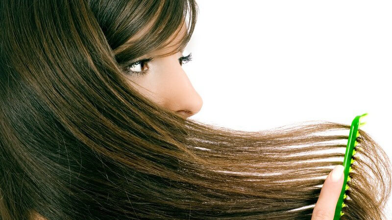 Interessantes zu Inhaltsstoffen und Tipps zur Anwendung von Haaröl