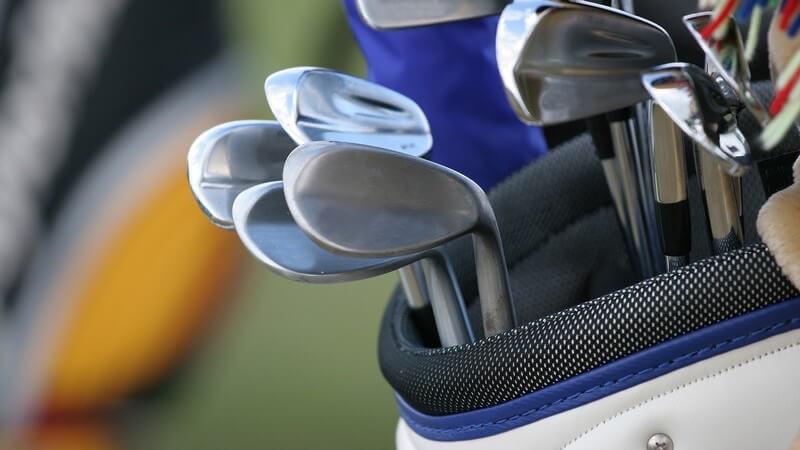 Golf bietet nicht nur Ungleichheiten in der Beschaffenheit der Bahnen, auch die Zählweisen, Handicaps und Spielvariationen unterscheiden sich