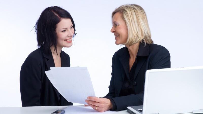 Selbsteinschätzung, Rückmeldung, Beurteilung - das Feedback bildet den Schluss des Assessment Centers