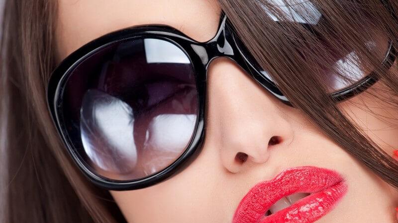 Die Looks der prägenden Modejahrzehnte lassen sich ganz einfach nachstylen