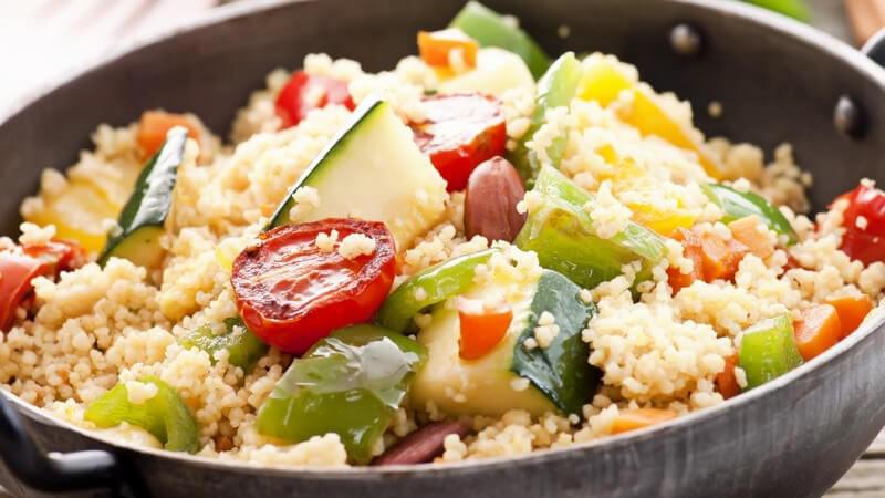 Die afrikanische Küche bietet eine Vielfalt verschiedener Fleisch-, aber auch Gemüsegerichte - wir geben einen groben Überblick