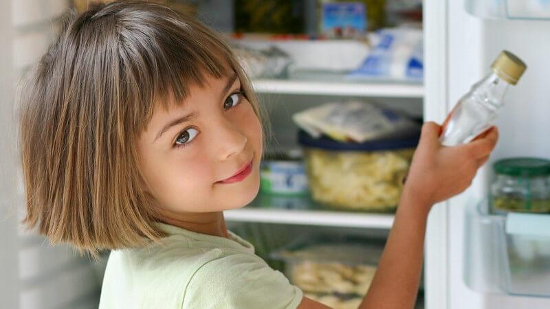 Im Vergleich zu Honig ist der Ahornsirup deutlich kalorienärmer und dafür reicher an Mineralstoffen