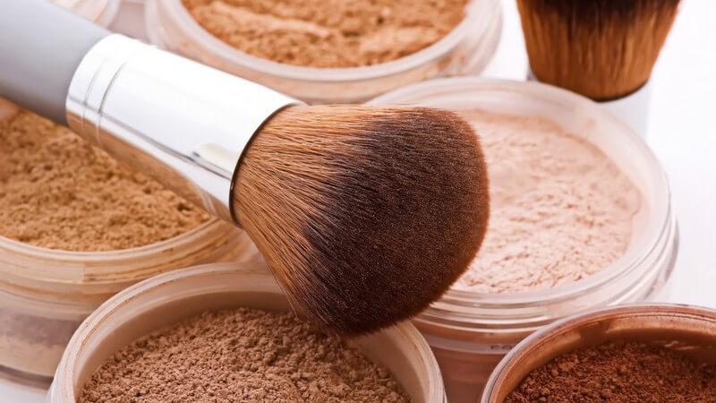 Hier erfahren Sie, wie Sie ein eckiges, rundes, langes, schmales oder herzförmiges Gesicht vorteilhaft schminken
