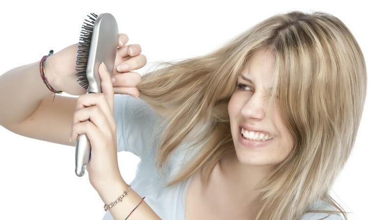 Wir geben Tipps zur Pflege von langem Haar und verraten, mit welchen Produkten Ihre Haare lange schön bleiben