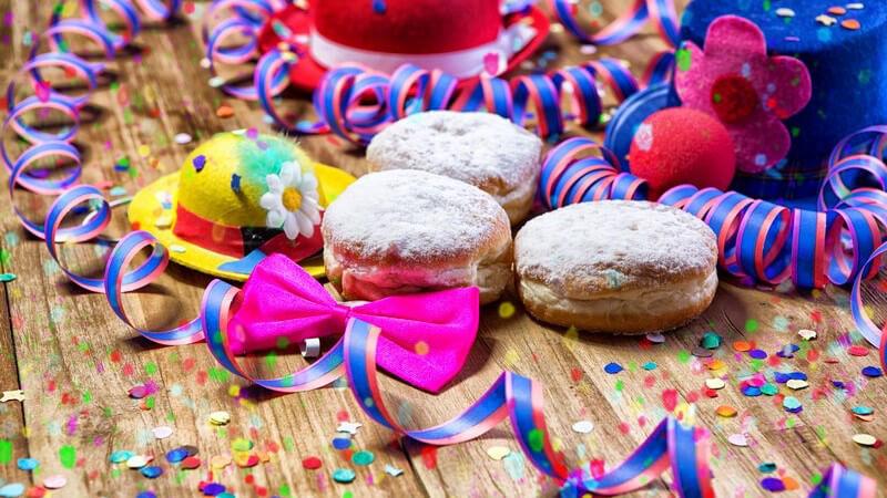 Tipps, wie ein Verzicht bzw. maßvoller Genuss von Süßigkeiten leichter fällt - wer zu viel Süßes isst, schadet seinen Zähnen und steigert das Übergewichtsrisiko