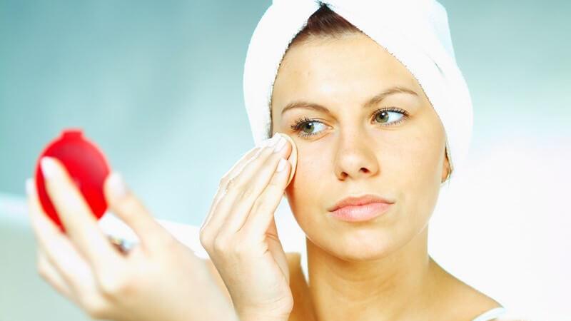 Wir verraten Ihnen, worauf Sportler und Trainingsbegeisterte in Sachen Hautpflege achten sollten