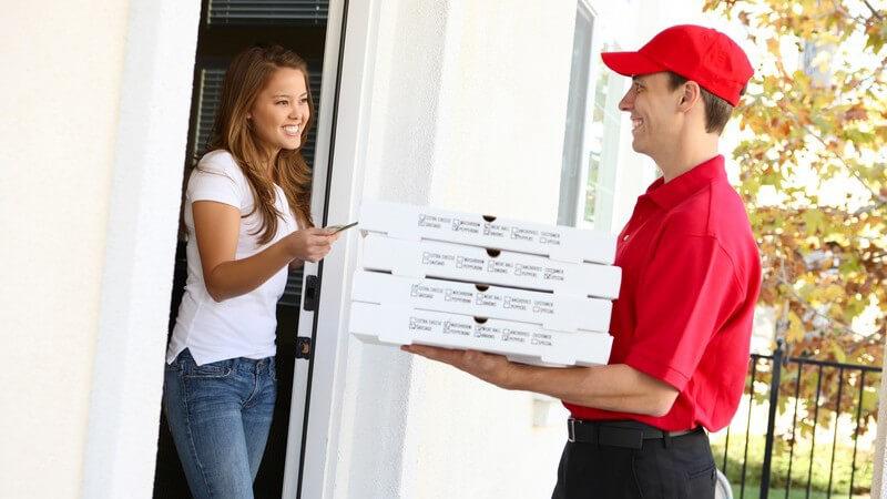 Pizza oder Pasta bei einem Lieferservice bestellen
