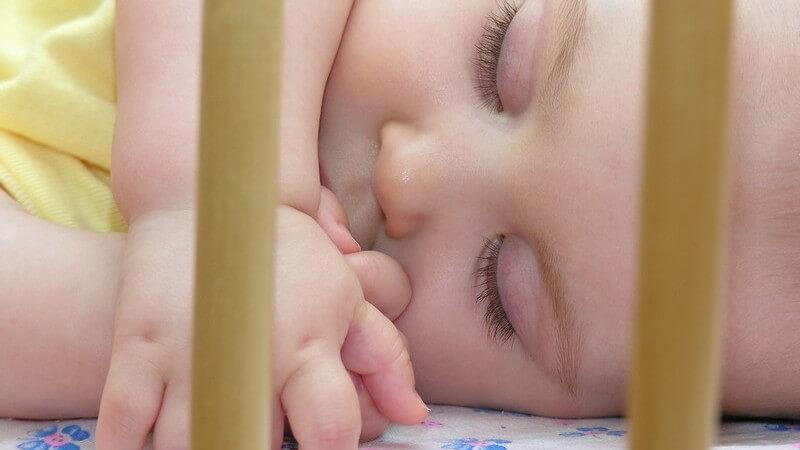 Wir informieren über unterschiedliche Varianten und Möglichkeiten der Babyüberwachung - Babyphone zählen zu den bekanntesten