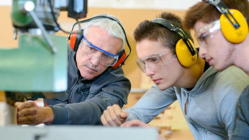 Rund um die Berufsausbildung - Prinzip und typische Bereiche