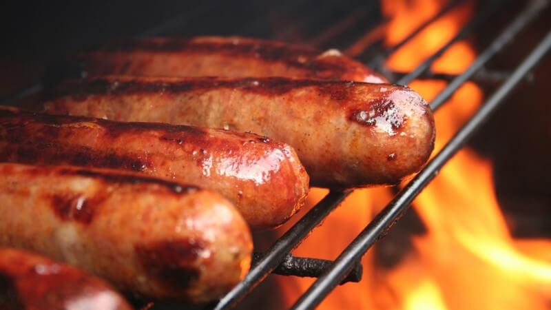 Infos über Pelletgrill, Lavasteingrill, Smoker Grill, Barbecue Grill, Räucherofen, Spanferkelgrill, Laptopgrill und Kamado-Grill