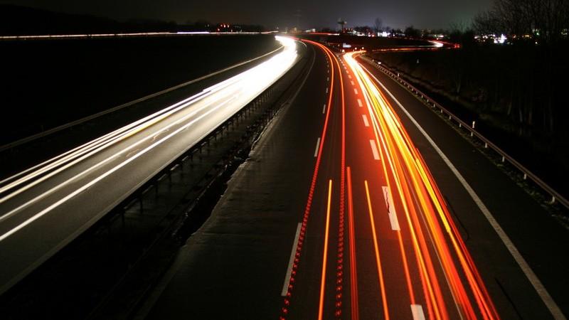 Vignette und Maut auf Europas Straßen und was es beispielsweise in Sachen Geschwindigkeitsbegrenzungen zu beachten gilt