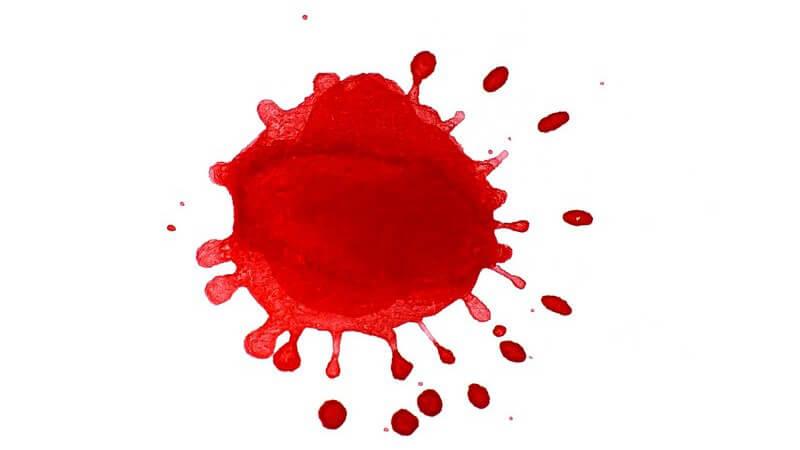 Blutflecken von der Couch entfernen