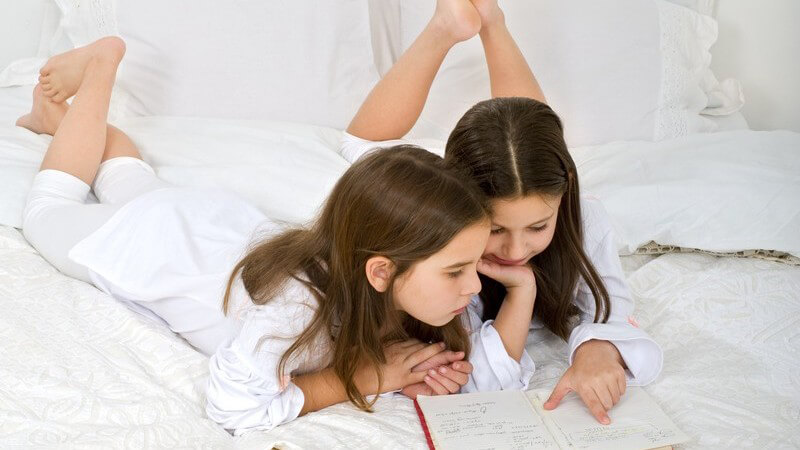 Tipps zur Förderung der kindlichen geistigen Entwicklung - die beste Herangehensweise für Eltern ist oftmals ein spielerisches Beibringen