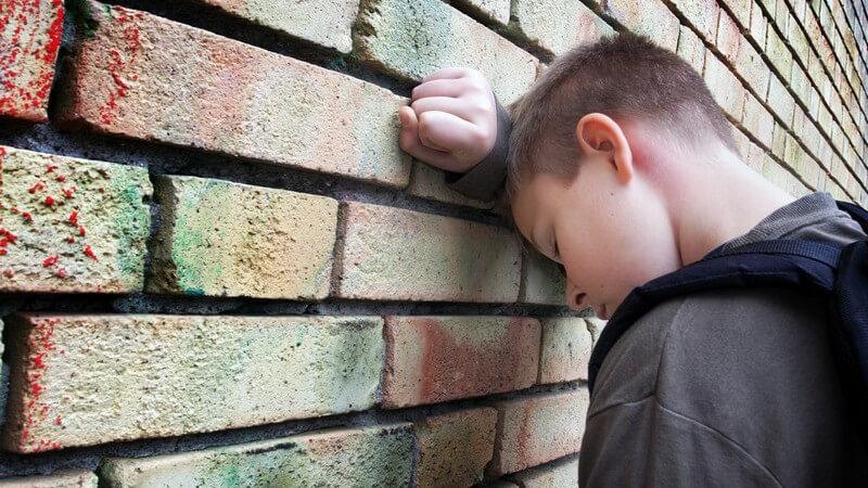 Die negativen Aspekte einer übermäßigen Kinderbetreuung durch Außenstehende