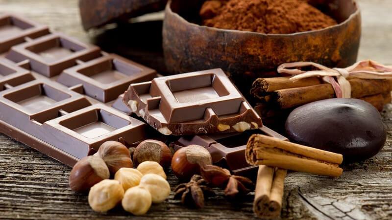 Kakao eignet sich z.B. zur Herstellung von Tiramisu und wird auch gerne mit Früchten kombiniert