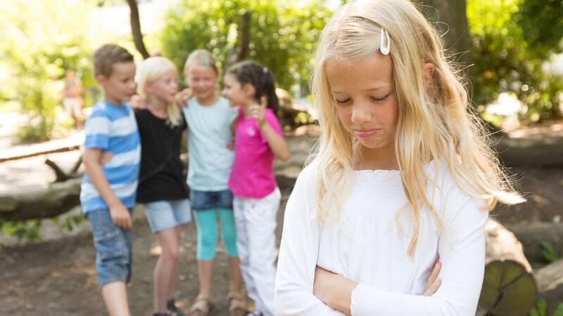 Erkennen, dass das Kind gemobbt wird und hilfreiche Tipps zum Umgang mit dem Problem