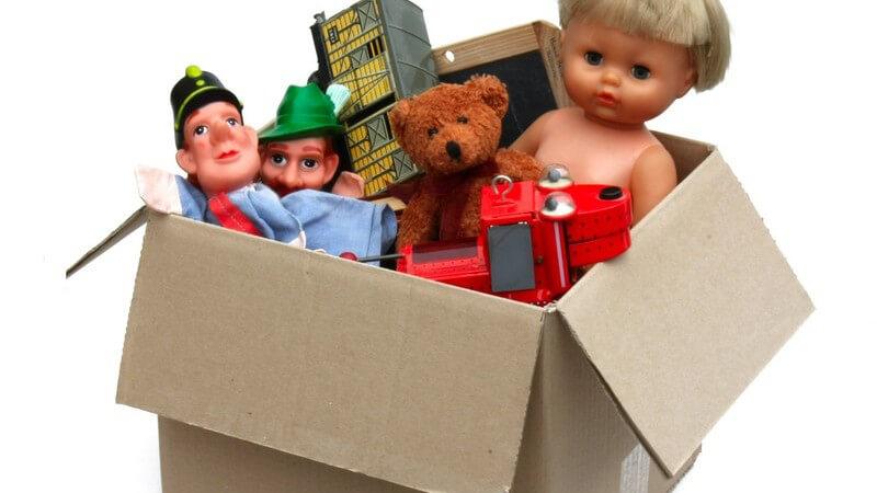 Beispiele für altersgerechtes Kinderspielzeug bis zu einem Alter von zehn Jahren