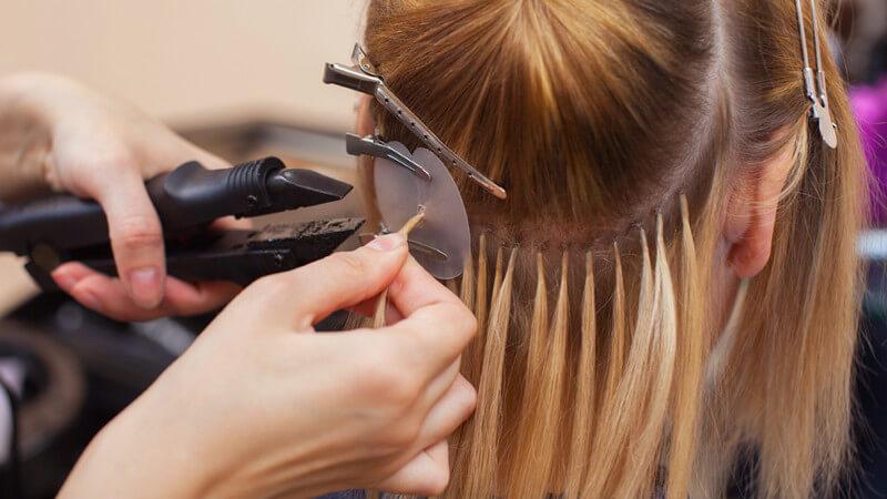 Wissenswertes zu warmen und kalten Methoden der Haarverlängerung, zu Preisen und Stylingmöglichkeiten