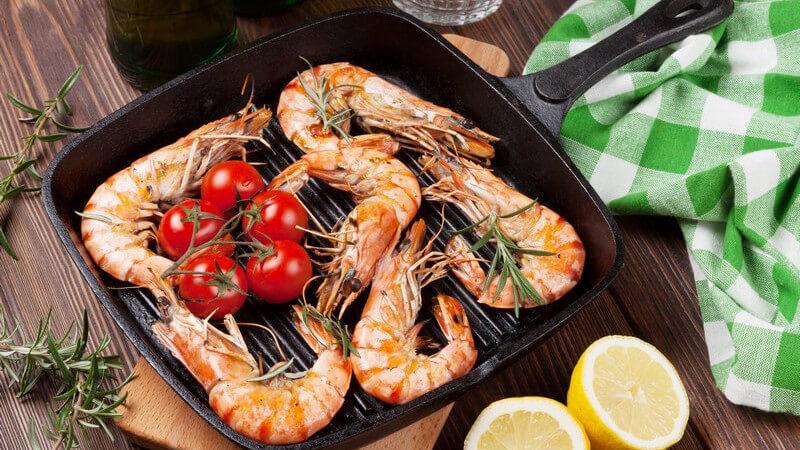 Für jedes Gericht die richtige Pfanne - Infos zu speziellen Pfannenformen wie Steakpfanne, Schmorpfanne, Crêpes-Pfanne und Co