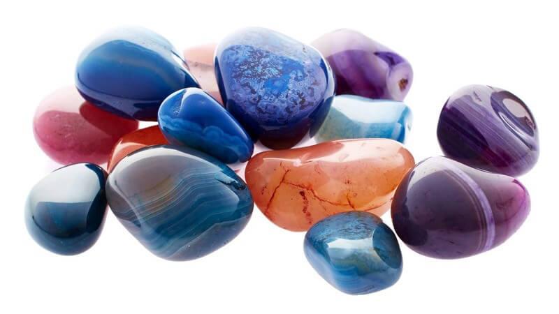 Edelsteine werden nicht nur industriell oder als Schmucksteine verwendet - für viele Menschen haben sie heilende Kräfte