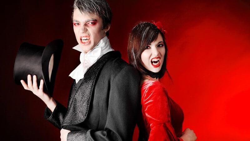 Tipps und Ideen zum Stylen der Haare und Schminken des Gesichts im Vampirlook