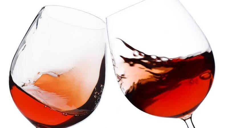 Je nach serviertem Wein unterscheidet man neben den klassischen Formen z.B. auch Gläser aus Kristall oder Römergläser