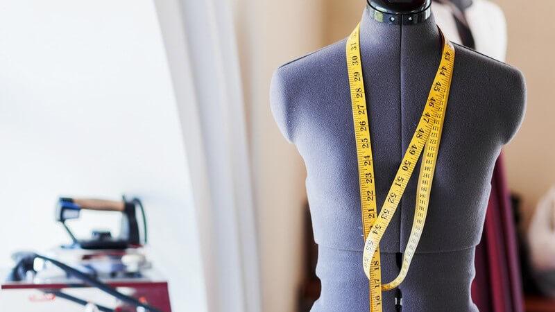 Ausgang für unsere heute geläufigen Kleidergrößen für Männer und Frauen ist eine simple Rechnung