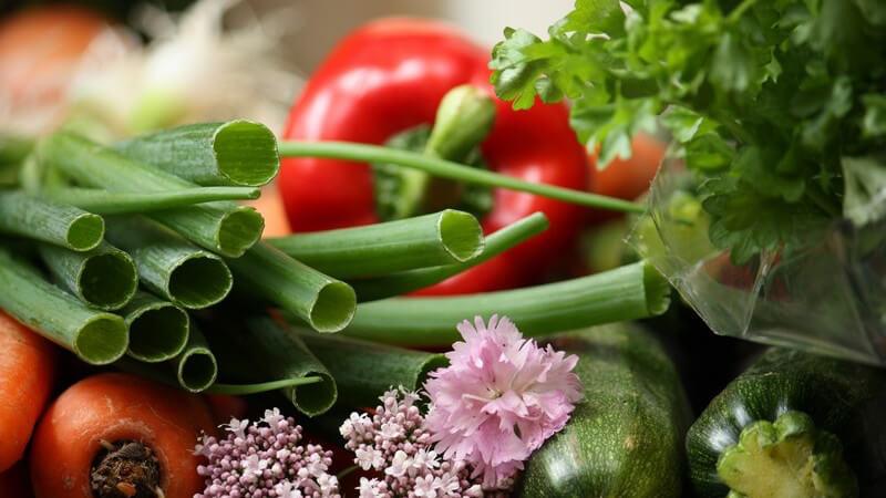 Unterschieden wird mitunter nach Jahreszeit, aber auch danach, welcher Teil des Gemüses verzehrt wird
